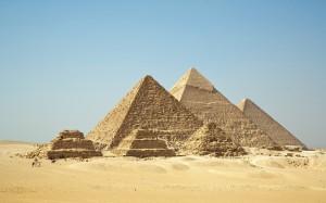 nature_world_egypt_giza_pyramids_1440x900_30010